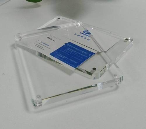 亞加力膠磁石相架的磁石是如何安裝上去的?