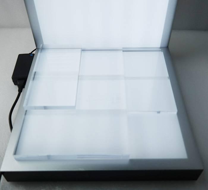 帶電LED發光展示架(可加印logo)